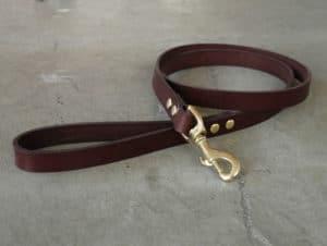 Basic Leather Dog Leash