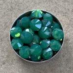 Swarovski Color : PALACE GREEN OPAL
